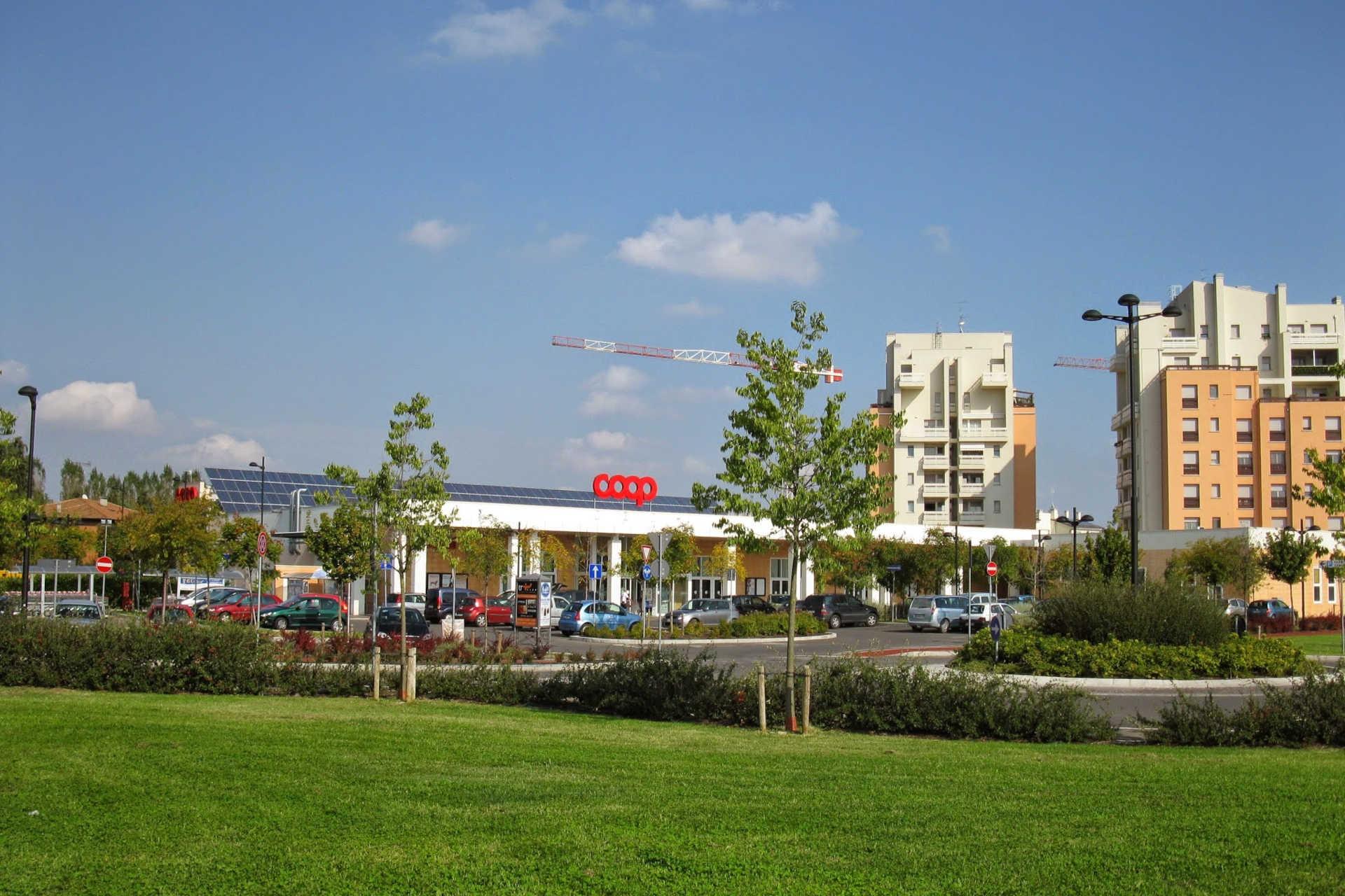 Supermercato alimentare in Budrio (BO)